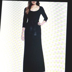 JESSICA HOWARD  VELVET GOWN